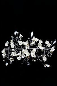 Веточка в волосы с белыми цветочками фото