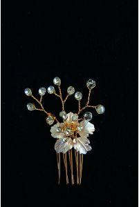 Маленький гребень с цветком фото