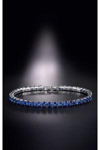 Нежный синий браслет с камушками фото