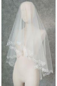 Свадебная фата с фигурным краешком фото