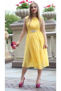 Желтое платье миди фото
