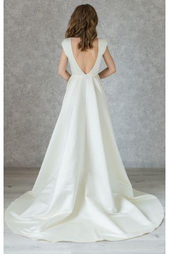 Классическое атласное свадебное платье с камнями в Киеве - Фото 3