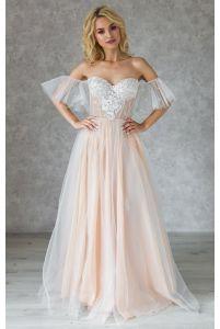 Корсетное свадебное платье со спущенным рукавчиком фото
