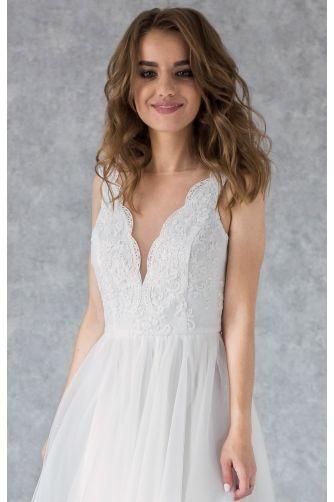 Платье свадебное с фигурным декольте в Киеве - Фото 2