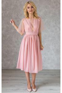 Пудровое коктейльное платье с декольте в горошек фото