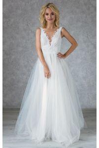 Свадебное платье с кружевным лифом и жемчужными пуговками фото