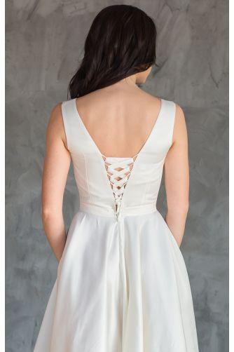 Атласное свадебное платье с бантиком в Киеве - Фото 3