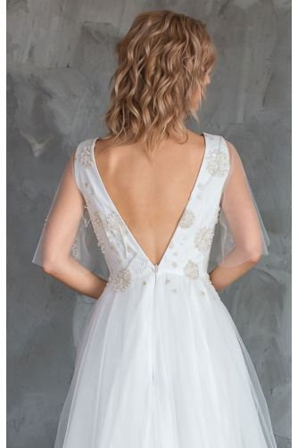 Свадебное платье с вышивкой цветами в Киеве - Фото 4