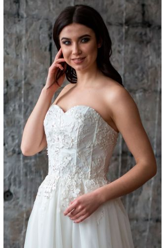 Шикарное свадебное платье в Киеве - Фото 2