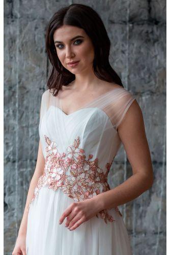 Свадебное платье с цветами в Киеве - Фото 2