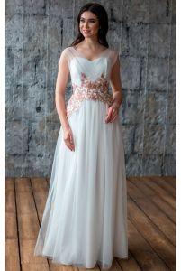 Свадебное платье с цветами фото
