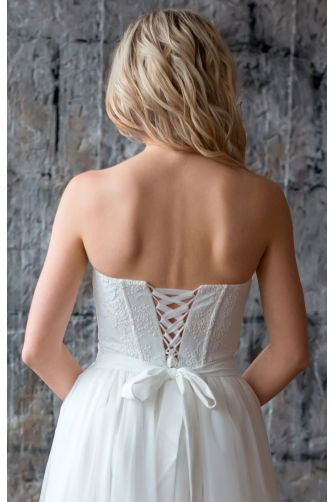Свадебное платье с корсетом в Киеве - Фото 3