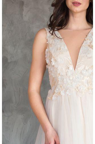 Красивое свадебное платье шампань в Киеве - Фото 2