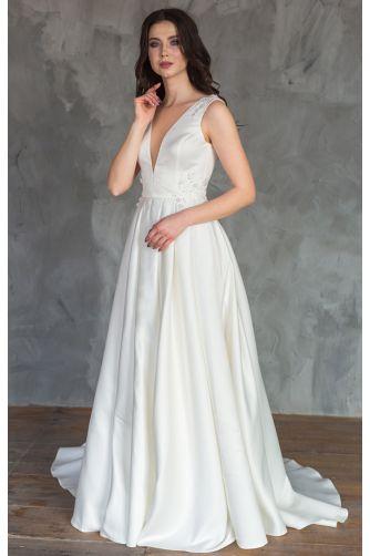 Шикарное атласное свадебное платье в Киеве - Фото 1