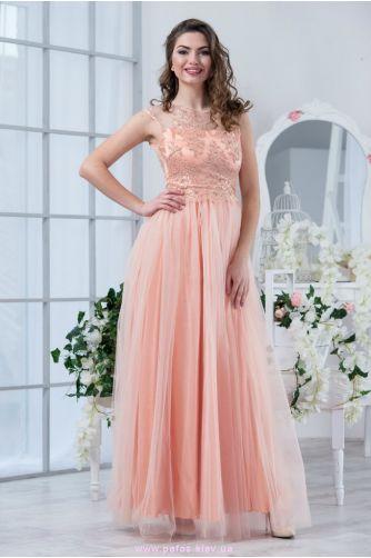 40040a2de77 Длинное платье в пол бежевого цвета. Купить вечернее платье в ...